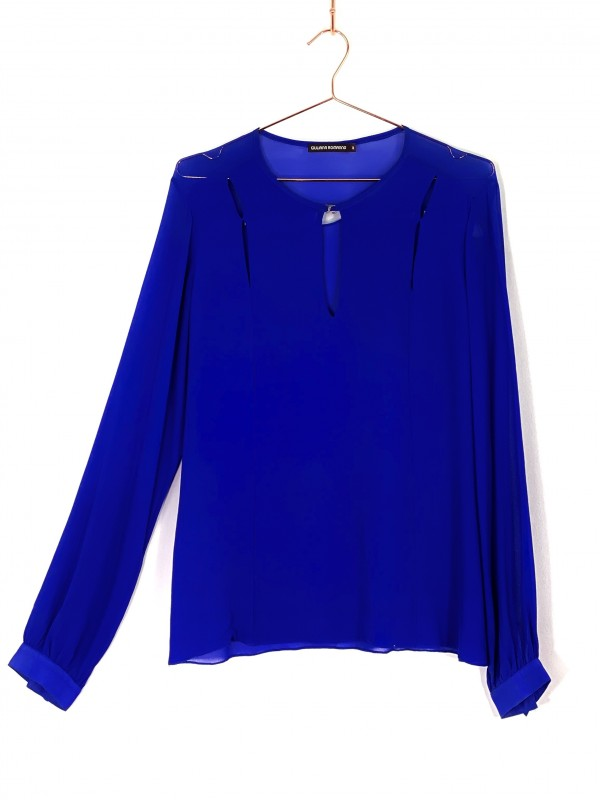 Camiseta Giuliana Romanno Azul Royal Manga Longa