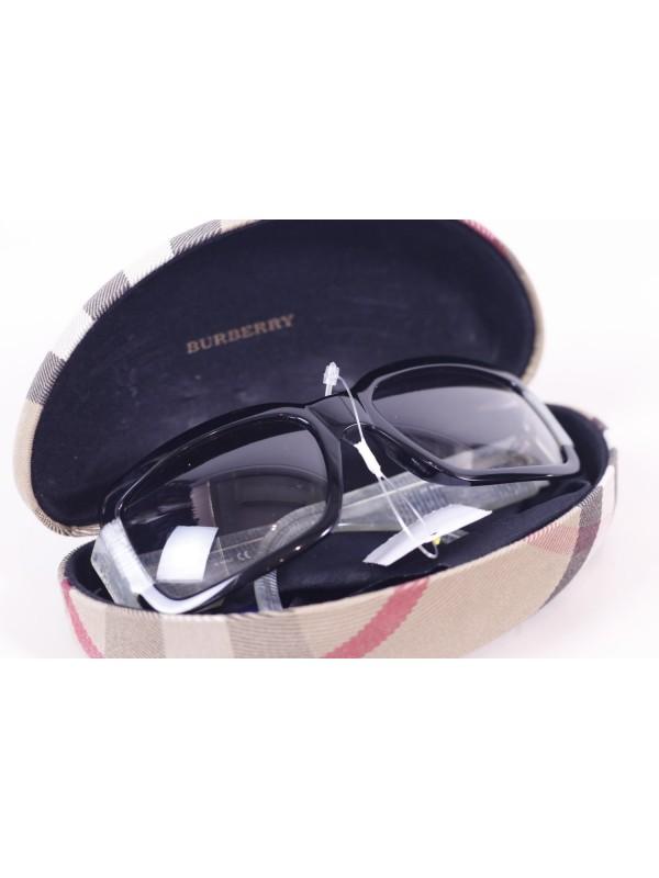 Óculos Burberry Preto e Cinza